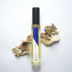 Layers-by-Experimental-Perfume-Club-Parfum-Linie-02-Amber-Iris-Beauty